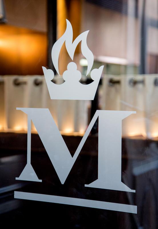 Middletons Logo